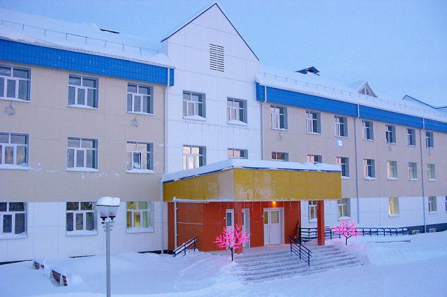 Новая школа в Октябрьском.