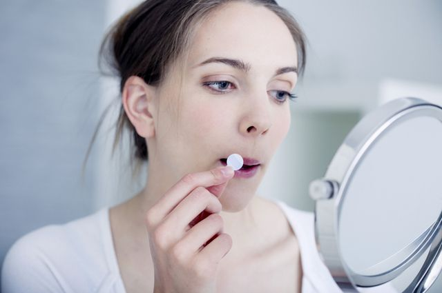 Картинки по запросу лихорадка на губах