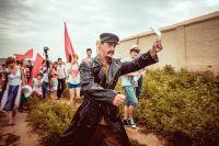 В театральной лаборатории на острове-граде ожил Лев Троцкий.