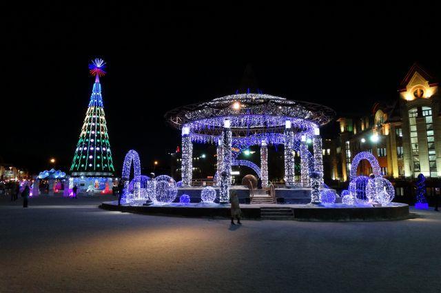 Центральная площадь Ханты-Мансийска.