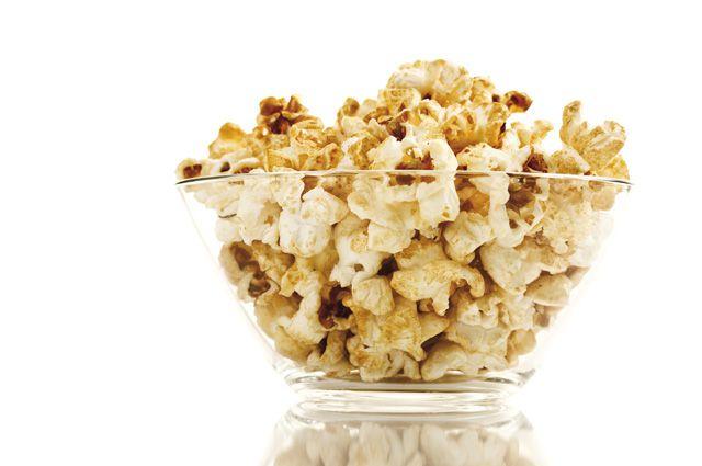 «Взорванная» кукуруза. Как появился попкорн?