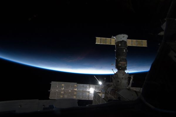 Вот такой увидит нашу планету Сара Брайтман с МКС.