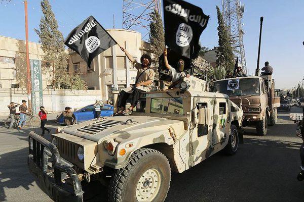 Многое вооружение, которое имеется у ИГ ,было захвачено в ходе боев с антиправительственными силами в Сирии, которых снабжали оружием США.