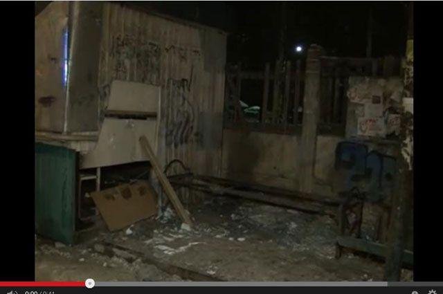 Так выглядит автобусная остановка после взрыва в Ангарске.