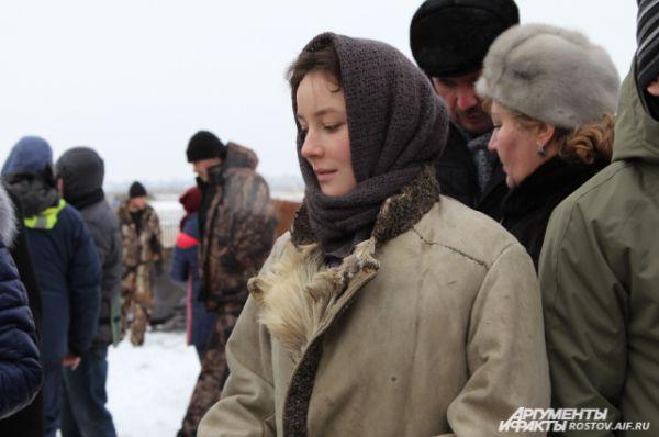 Очаровательную Аксинью сыграла выпускница Щукинского театрального училища Полина Чернышова.