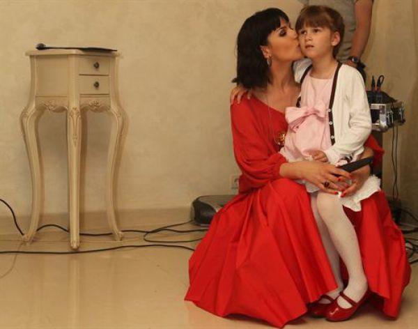 Маша Ефросинина с дочерью