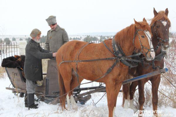 Много сцен с лошадьми, их сейчас около 15 на площадке.