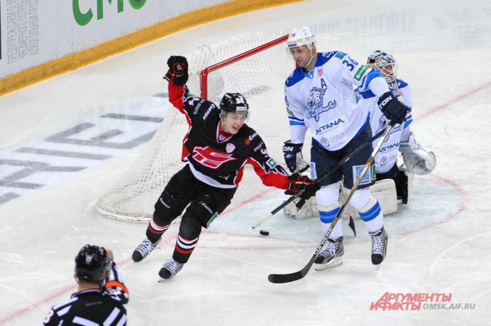 «Авангард» одержал победу в матче против астанинского «Барыса».