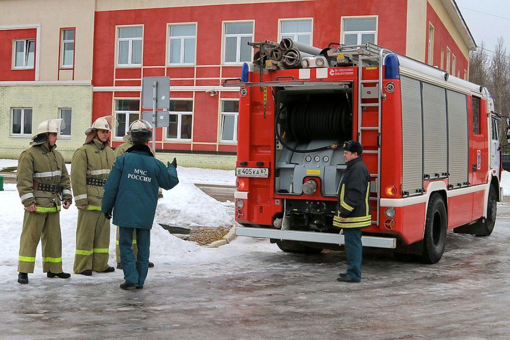 Еще одна дисциплина - тактика тушения пожаров.