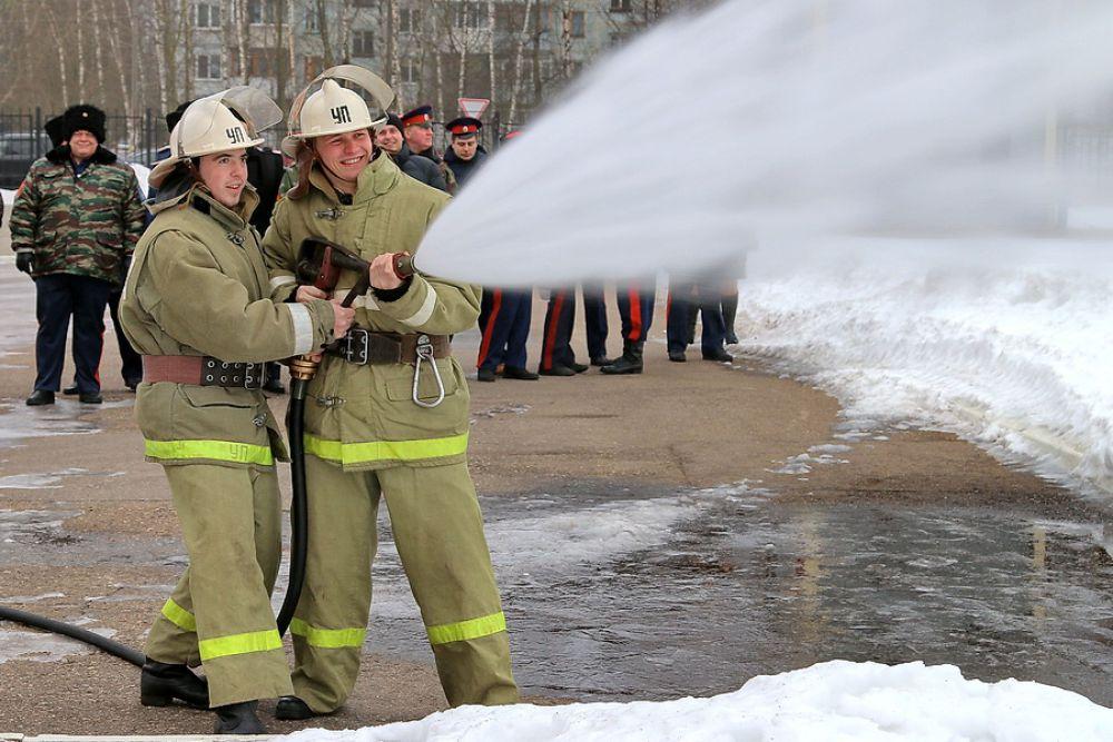 Добровольцы из смоленского городского казачьего общества Центрального казачьего войска готовы присоединиться к более 9 тысячам смоленских волонтеров, которые уже в рядах пожарных добровольцев.