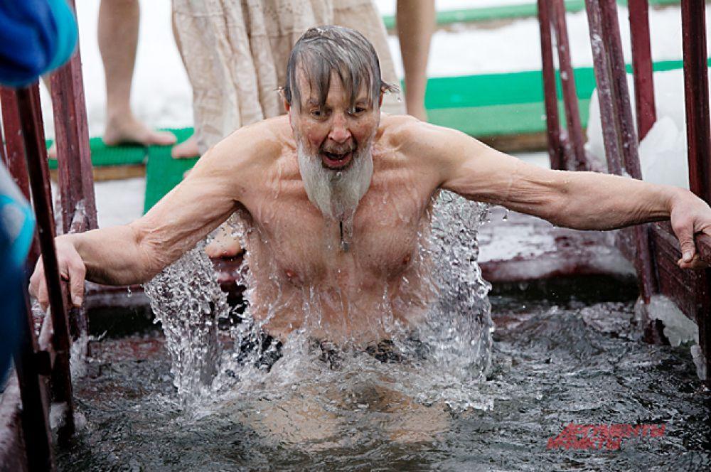 В купании на Крещение были люди, которые подготовлены к этому духовно