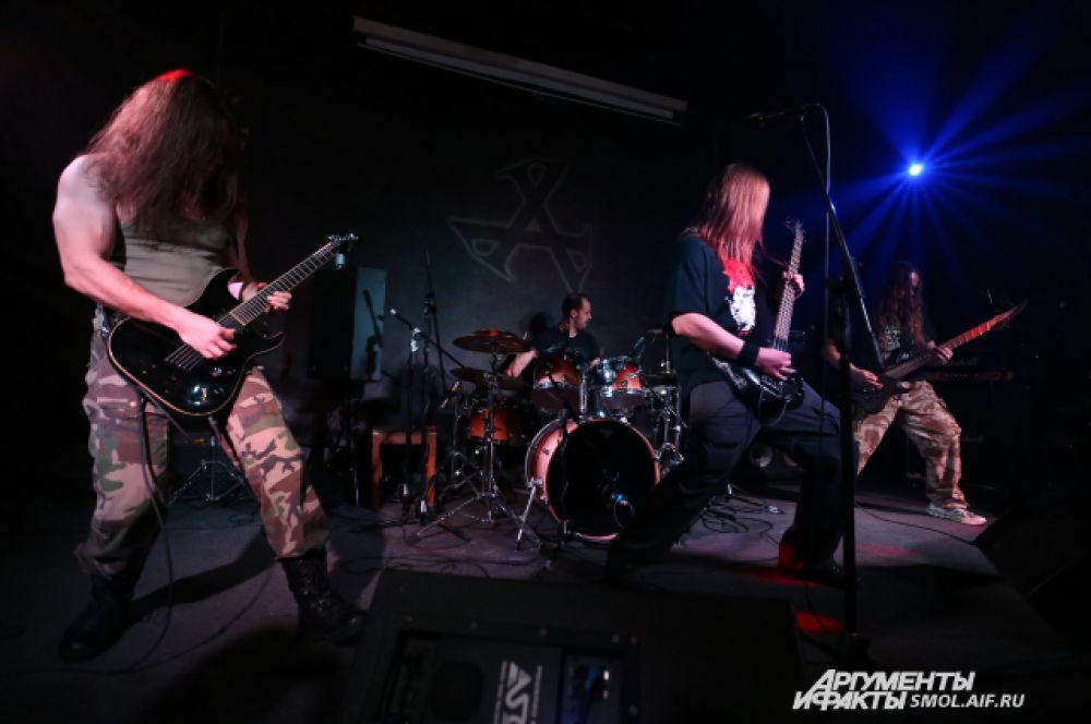 Incinerate – еще одна молодая, но интересная группа, которую любители тяжелой музыки помнят по выступлениям в «А-клубе».