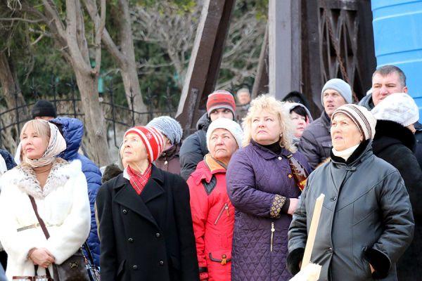 В храме одновременно смогут находиться около ста прихожан.