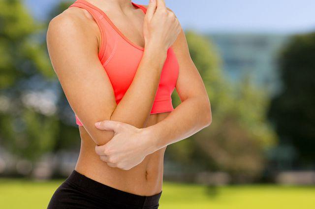 Болят суставы и щекотно синегнойная палочка прооперированного тазобедренного сустава