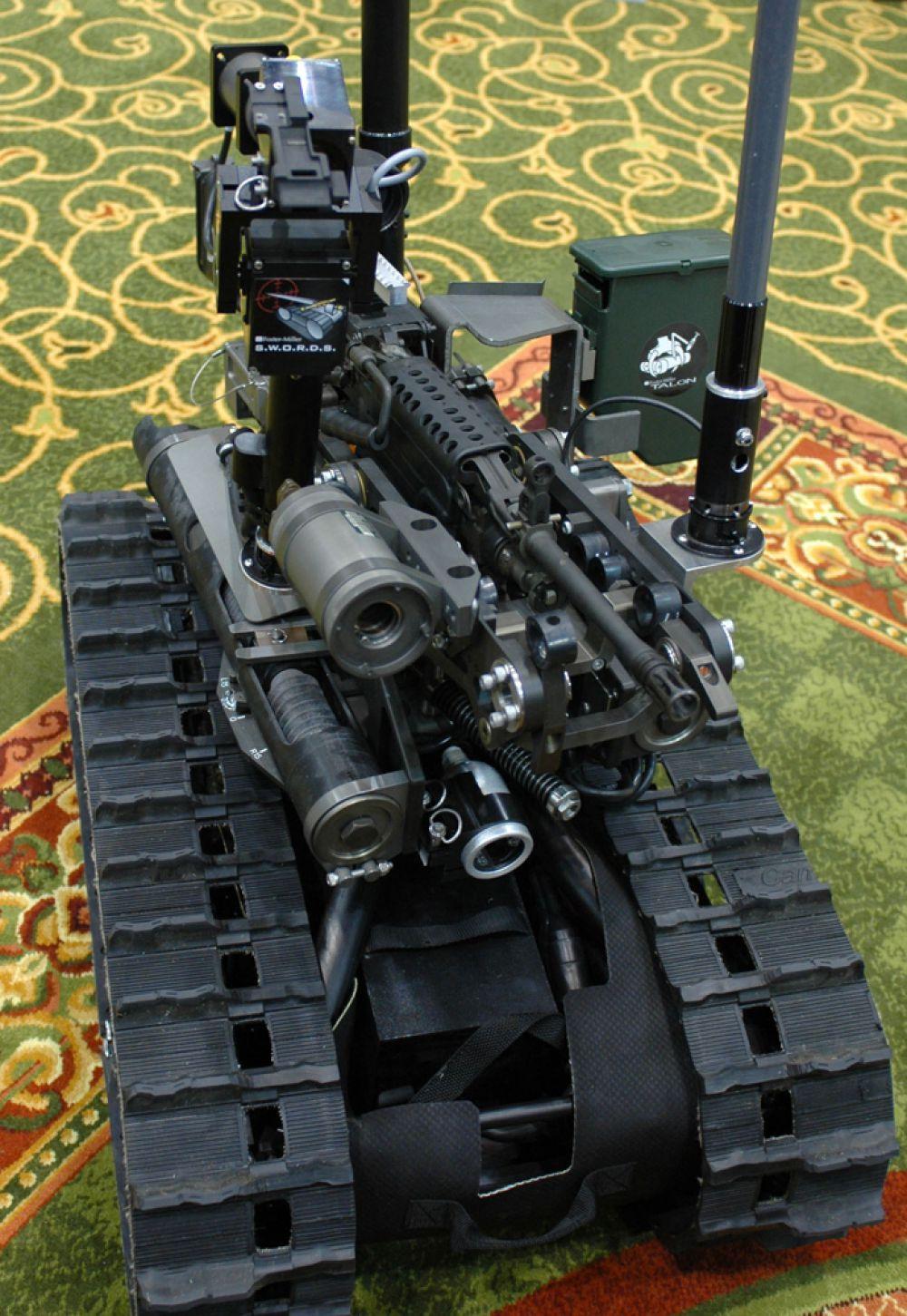 Swords — боевая система наблюдения и разведки. По утверждению производителя, робот предназначен для действий в городе, способен преодолевать песок, воду и снег до полуметра, а также осуществлять подъём по лестнице. Он рассчитан на 8,5 часов работы от батарей в нормальном эксплуатационном режиме.Контролируется оператором на расстоянии до 1000 метров. Весит около 45 кг или 27 кг в версии для разведки. Есть целый ряд различных видов оружия, которые могут быть размещены на SWORDS: винтовки M16, 5,56-мм SAW M249, 7,62 мм пулемёт M240...