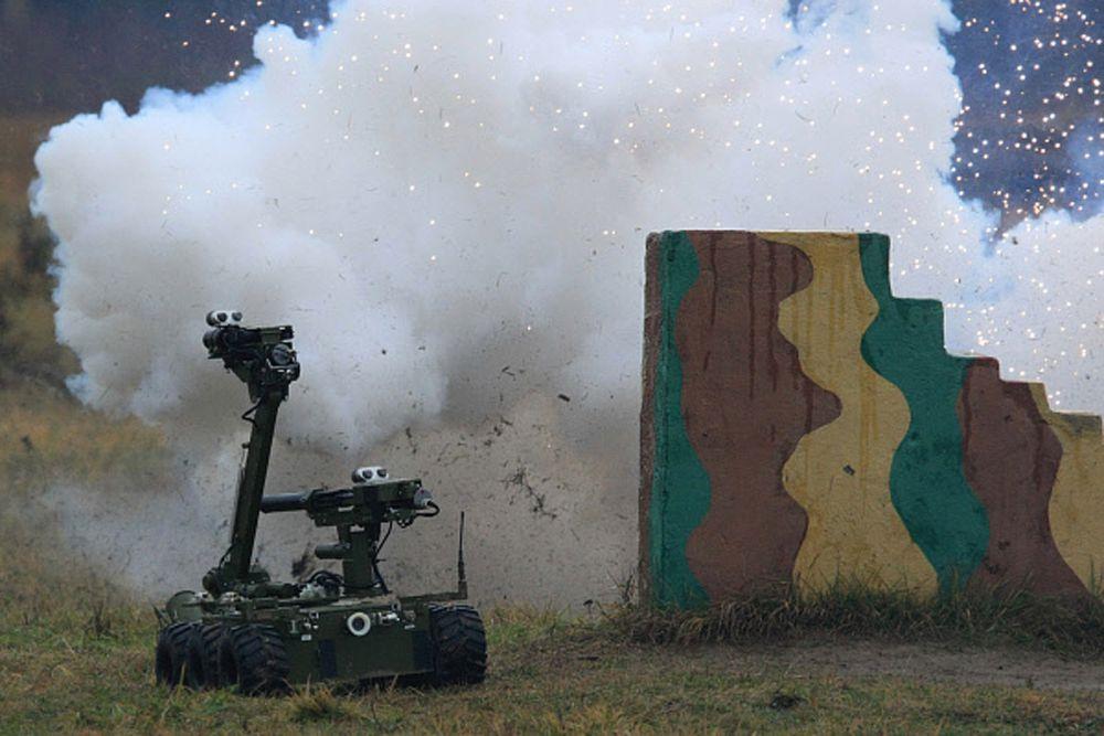 Российский мобильный робототехнический комплекс для разведки и огневой поддержки «Металлист».