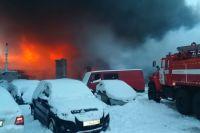 Пожар в Амурском поселке тушили 113 спасателей.