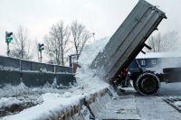 Сначала снег надо измельчить на специальных дробилках.