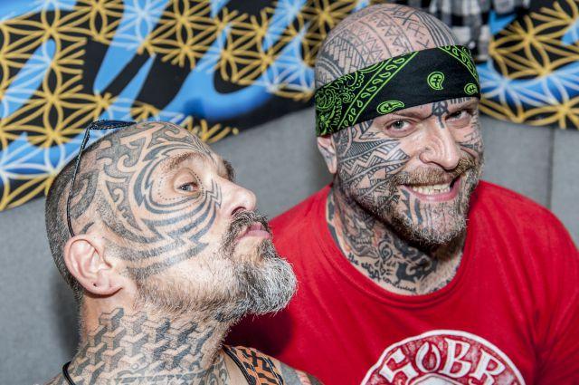 В Петербурге проходит выставка Ассоциации профессиональных татуировщиков.