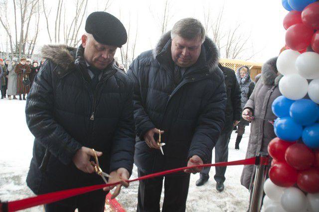 Виктор Назаров открыл новые объекты в посёлке Таврическом.