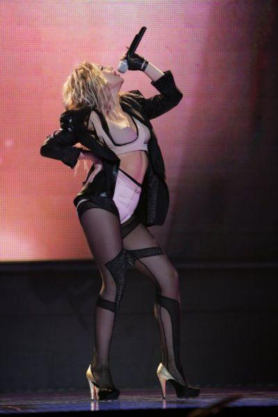 Тина Кароль на своем сольном концерте «9 жизней» (2010 г.)