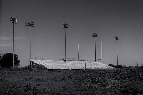 Cardinal Stadium в Техасе, США – эта трибуна – все, что осталось от некогда огромного стадиона.