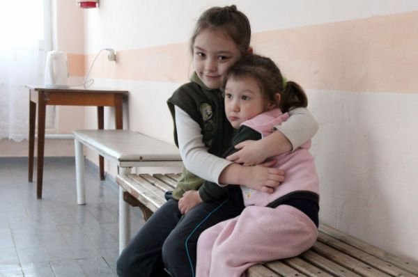 Примерно 30% беженцев - дети.