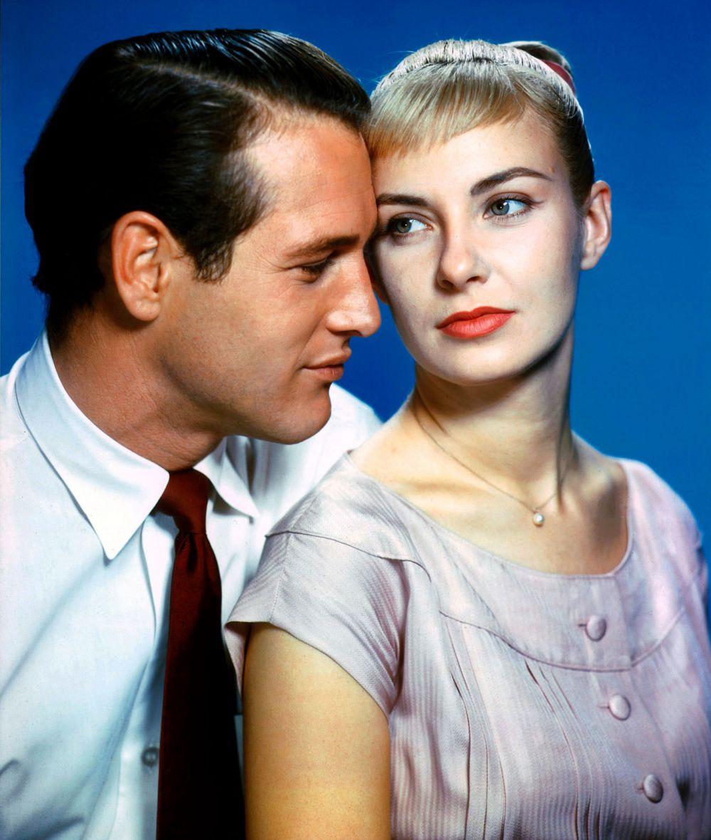 В 1968 году Пол Ньюман дебютирует как режиссер с фильмом «Рейчел, Рейчел». Картина была задумана специально для жены актера, сыгравшей главную роль в фильме, и принесла создателю «Золотой глобус» за режиссуру.
