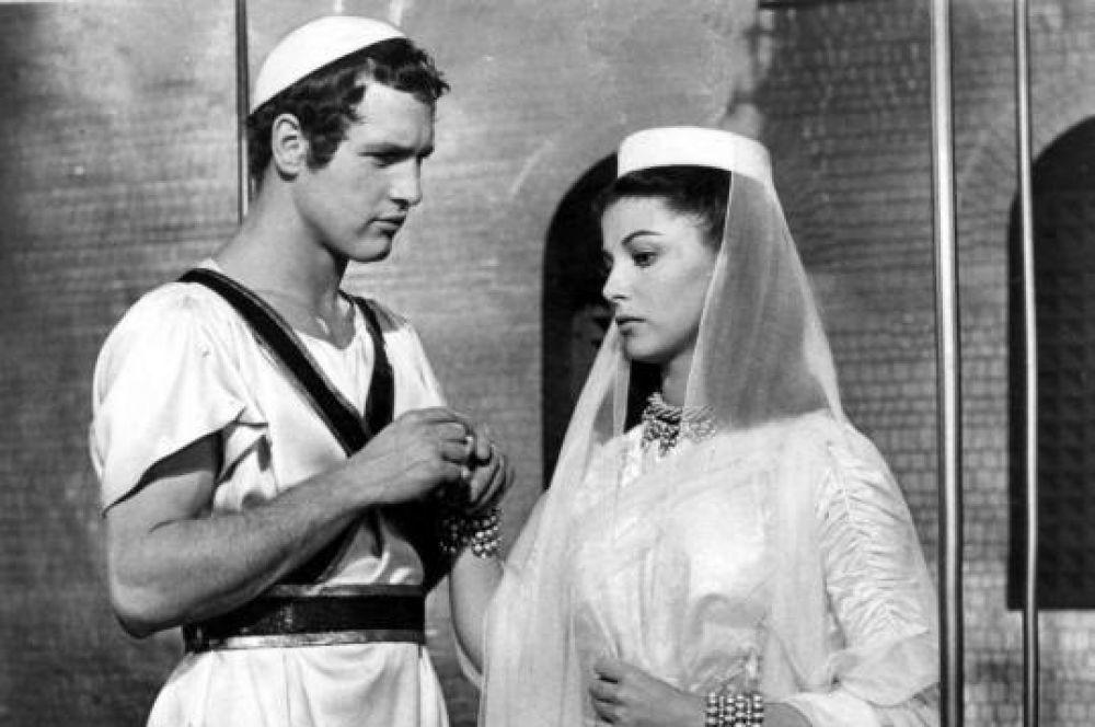 Актерская карьера Ньюмана началась в 1952 году на телевидении и Бродвее: тогда ему было уже 27 лет. А первая крупная роль пришла двумя годами позже. Это был исторический фильм «Серебряная чаша», который сам Ньюман считает одним из худших, созданных в пятидесятые годы.