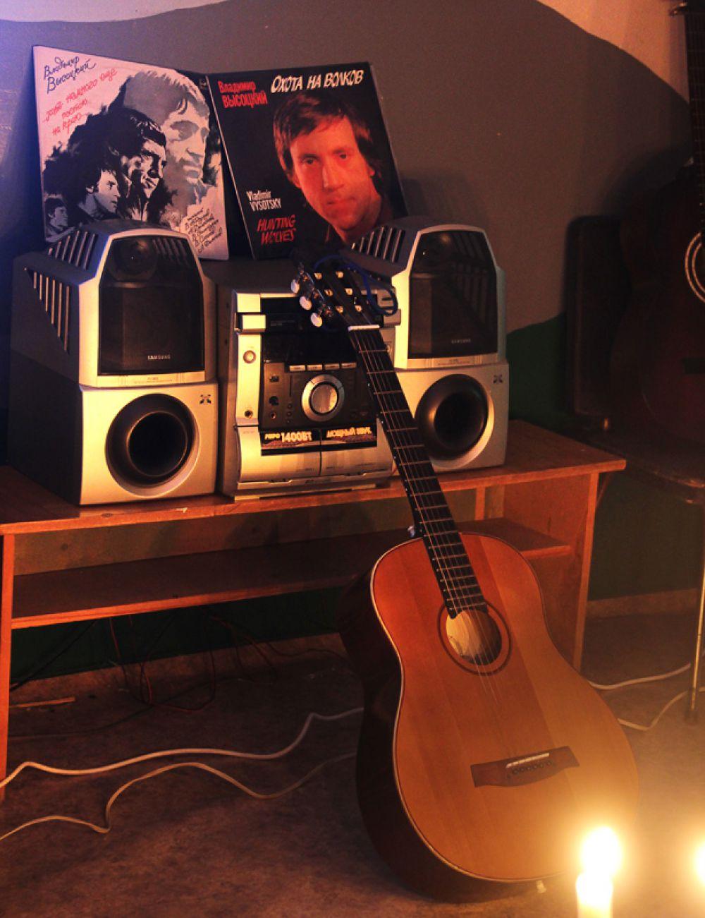 Гитара стала одним из символов русской культуры XX столетия