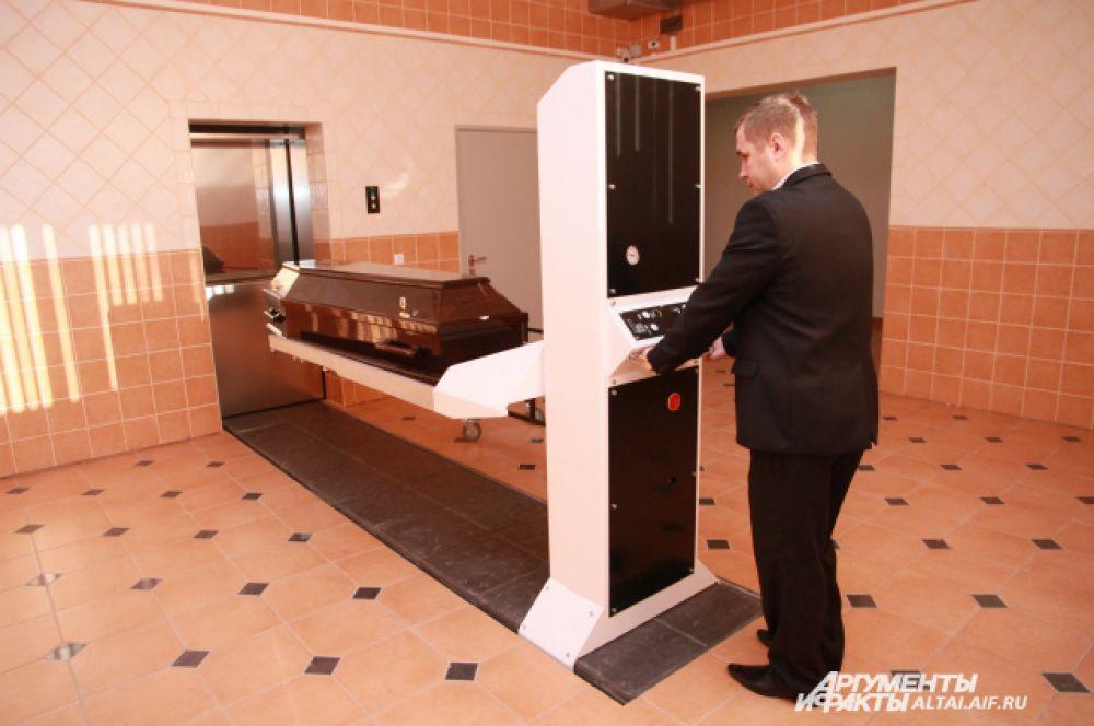 Сотрудники крематория продемонстрировали оборудование