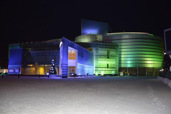 В городе работают десятки музеев, библиотек и концертно-театральных залов.
