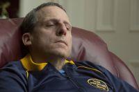 Стив Карелл в фильме «Охотник на лис» сыграл миллионера-убийцу.