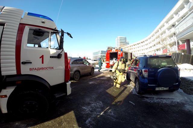 Учебная эвакуация из гостиницы «Амурский залив» во Владивостоке