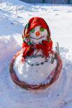 Снежные матрешки составили конкуренцию снеговикам.