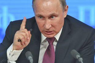 Россия должна сама создавать условия для роста экономики, считает Путин