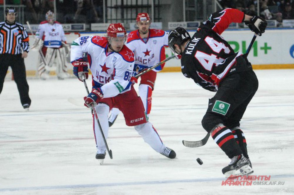 «Авангард» уступил московскому ЦСКА на домашнем льду.