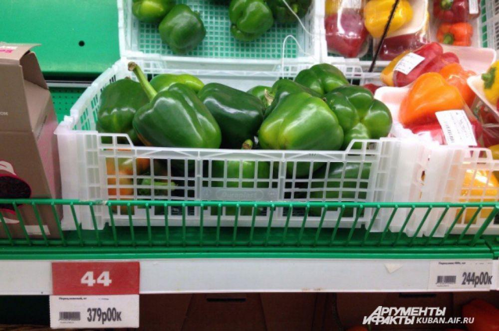 ТОП-10 самых дорогих продуктов. 4-е место: болгарский перец 379 рублей за килограмм.