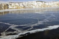 По последним подсчетам, от минимальной отметки в 2013 метров озеро ушло на 40 сантиметров.