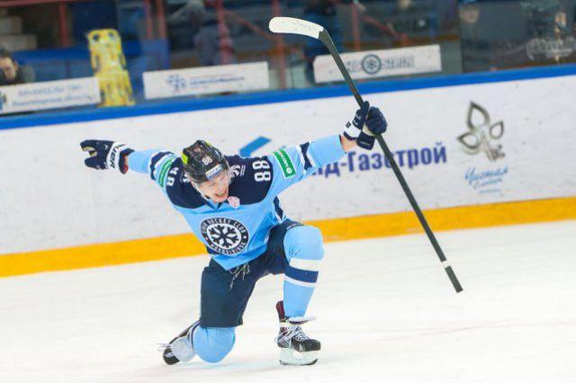 Хоккейная «Сибирь» дома обыграла хабаровский «Амур»