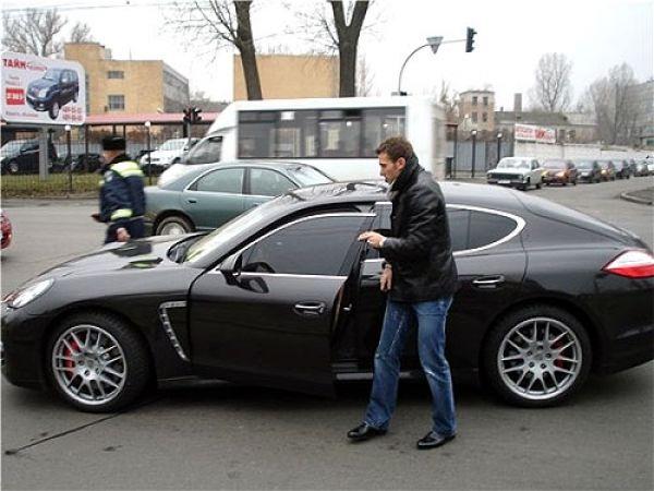 Автомобиль Андрея Шевченко