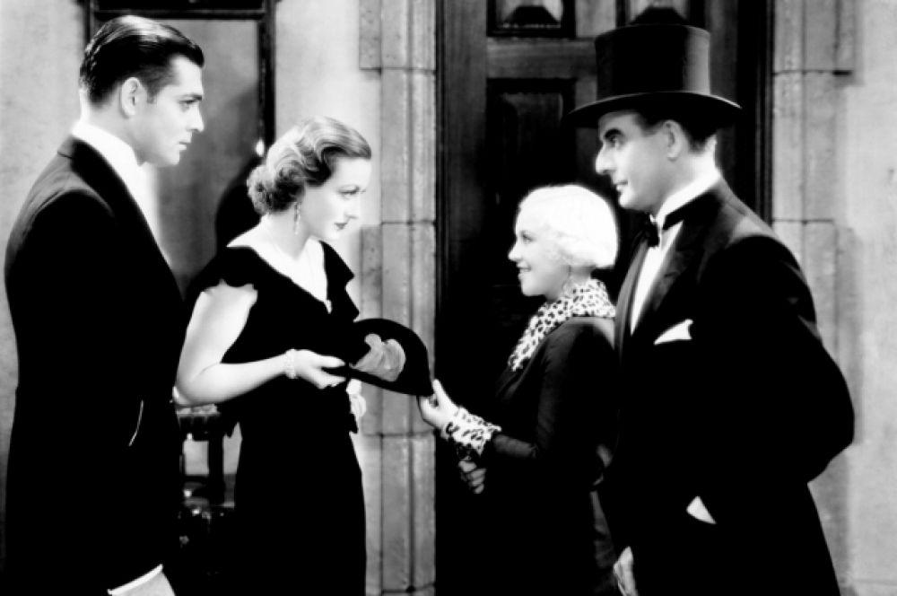После посещения «Райской птицы» в мюзик-холле Кларк Гейбл загорелся игрой на сцене. Чтобы быть ближе к театру, он стал подрабатывать помощником за кулисами. Уже в 1924 году Гейбл уже как актер вступил в театральную труппу Джозефины Дилло, которая позже стала супругой актера. В этом же году он дебютировал как актер кино в немом фильме «Запретный рай», за которым последовали роли в других картинах: «Веселая вдова» (1925),  «Бен-Гур»: история Христа» (1925), «Первая полоса»(1931), «Одержимая» (1931), «Ночная сиделка» (1931).