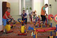 Комната с тренажерами в больнице в Ангарске.