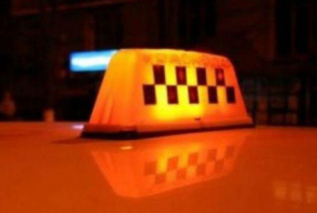 Омские таксисты грубо нарушают ПДД при перевозке пассажиров.