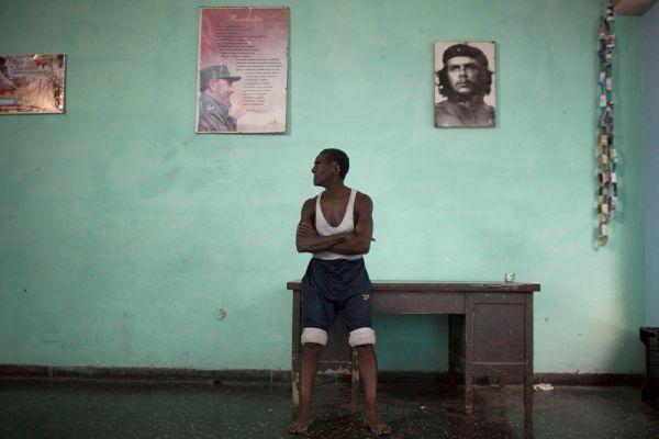 В начале текущего года некоторые СМИ писали о смерти Кастро. В Twitter даже появилась фотография его в гробу.