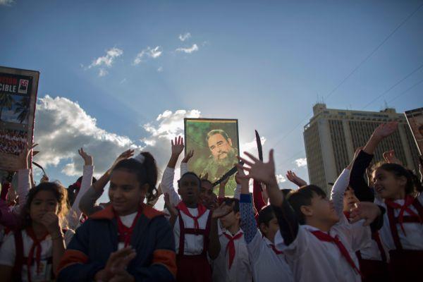 В завершении материала Гарсиа указывает, что Фидель «полон жизни» и беседовал «разумно», назло тем, кто распускает слухи о его болезнях и смерти. Кастро он назвал олицетворением «вечной молодости», легендой и исключительной личностью.