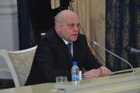 Виктор Назаров поговорил с главами-должниками.