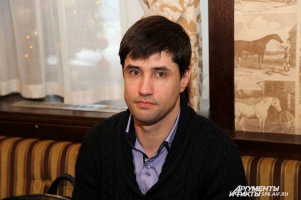 Антон Пухов (Метриум)