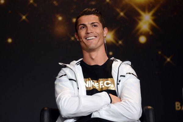 8 – именно столько раз Роналду попадал в символическую сборную ФИФА по итогам года. Это уникальный на сегодня результат.