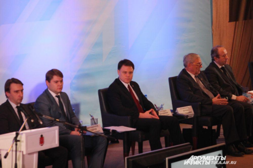 Владимир Груздев готов был выслушать все предложения